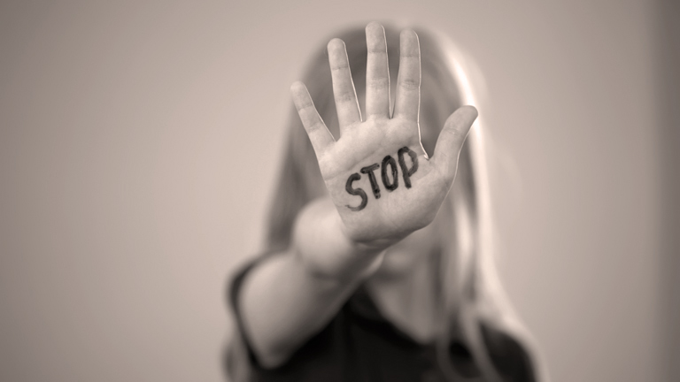 Kindesmissbrauch - nicht mehr Gewalt in der Corona-Krise. (adobe stock)
